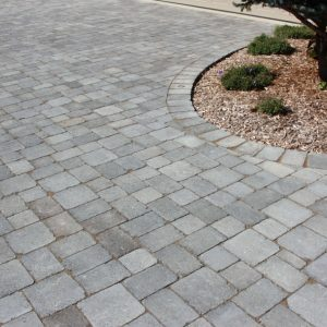 COLONIAL PAVING STONE - PAVERS & SLABS - PAVERS