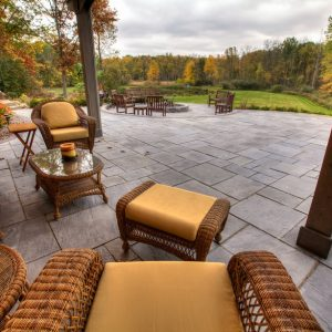 DIMENSIONAL FLAGSTONE - PAVERS & SLABS - SLABS